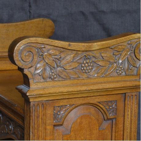 A Neo Classical Oak Seat