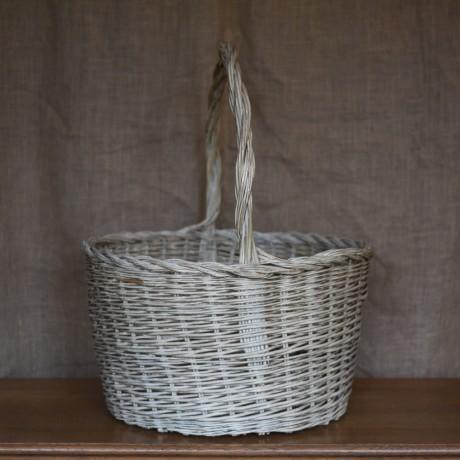 Very large Basket